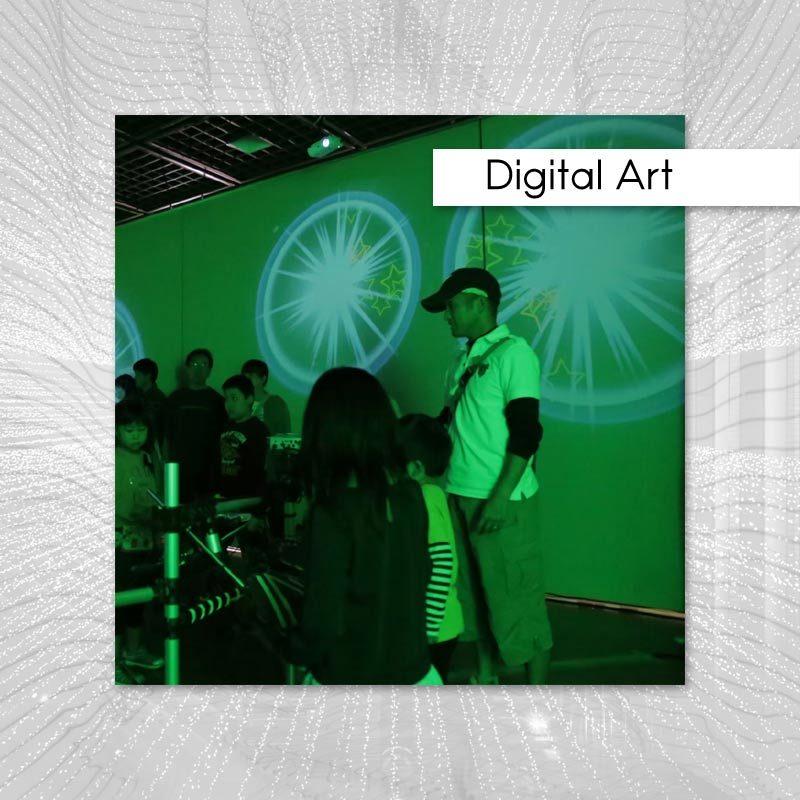 韮崎市のイベントでのデジタルアート施工実績記事のアイキャッチ画像