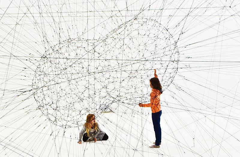 ネットワークを連想するイメージ画像
