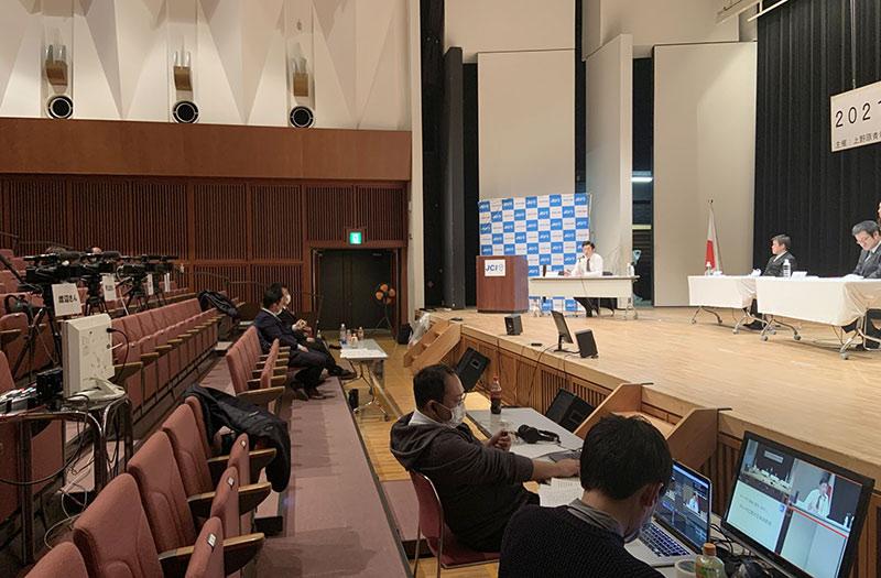上野原市長選討論会のライブ配信3