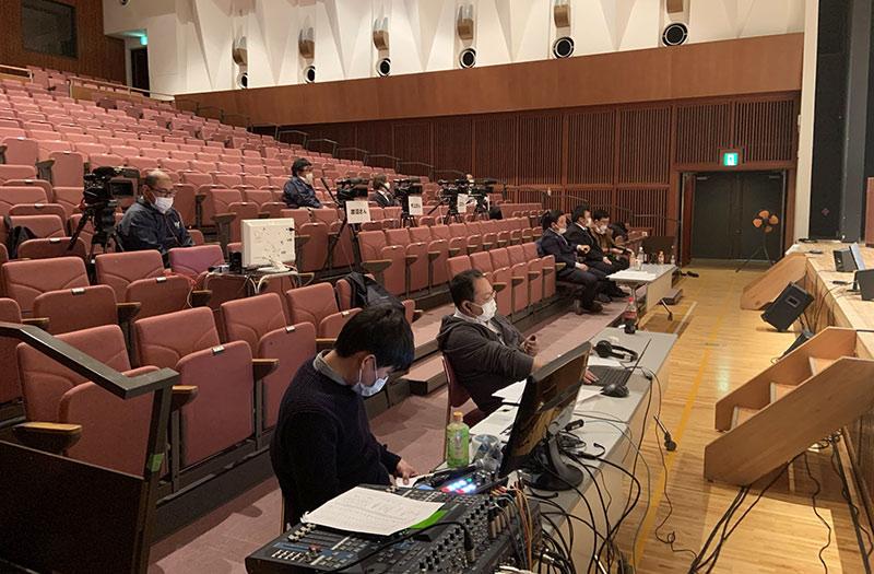 上野原市長選討論会のライブ配信1