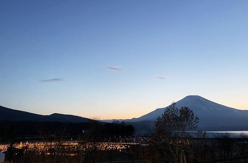 山中湖アイスキャンドルフェスティバルの富士山